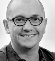Óscar Evia
